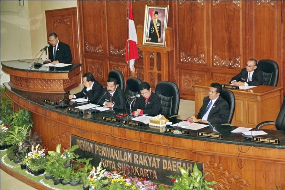 DPRD Berikan 25 Rekomendasi Terkait LKPj Walikota Tahun 2013