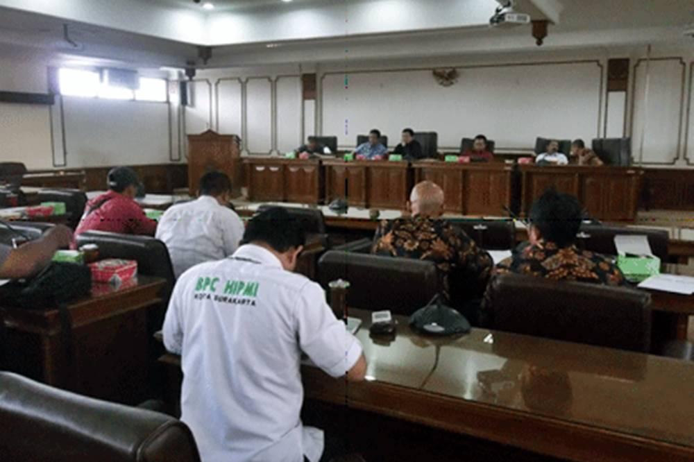 Forum Bisnis Surakarta Keluhkan Pengurusan IMB