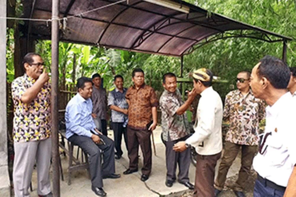 Komisi II Pantau Lokasi Rencana Pembangunan Jembatan Sayangan