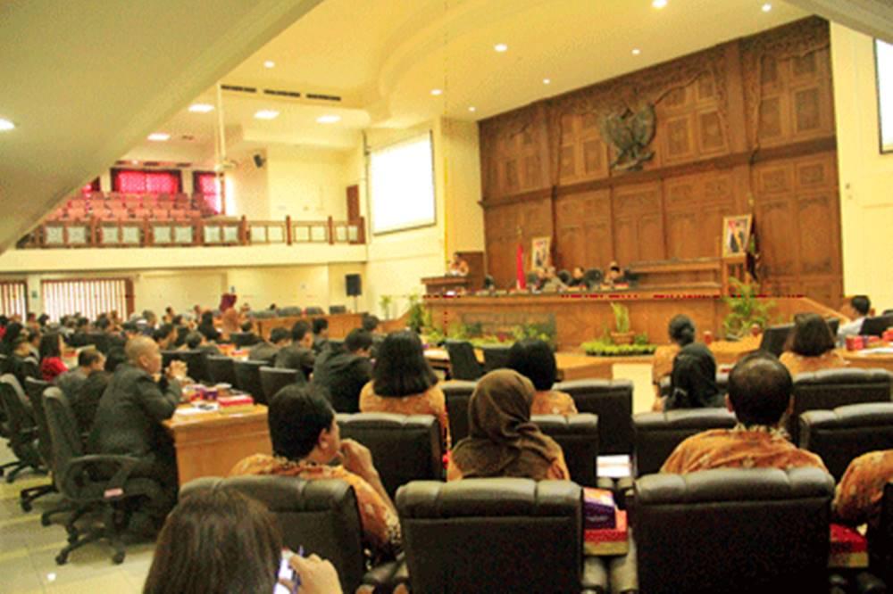Walikota Usulkan Perubahan Judul Raperda Kemiskinan