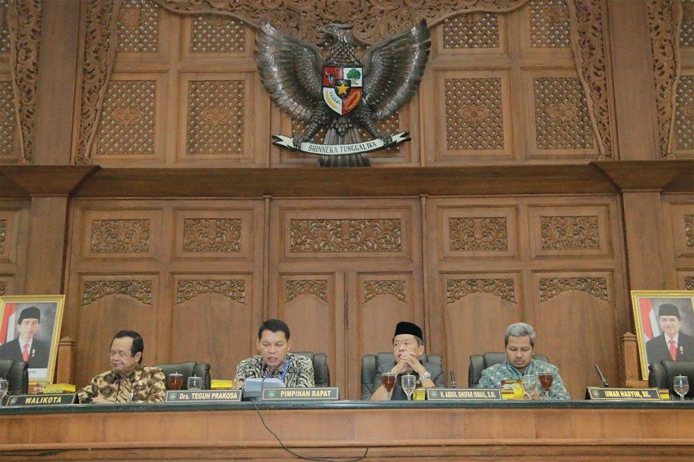 Rapat Paripurna DPRD Kota Surakarta
