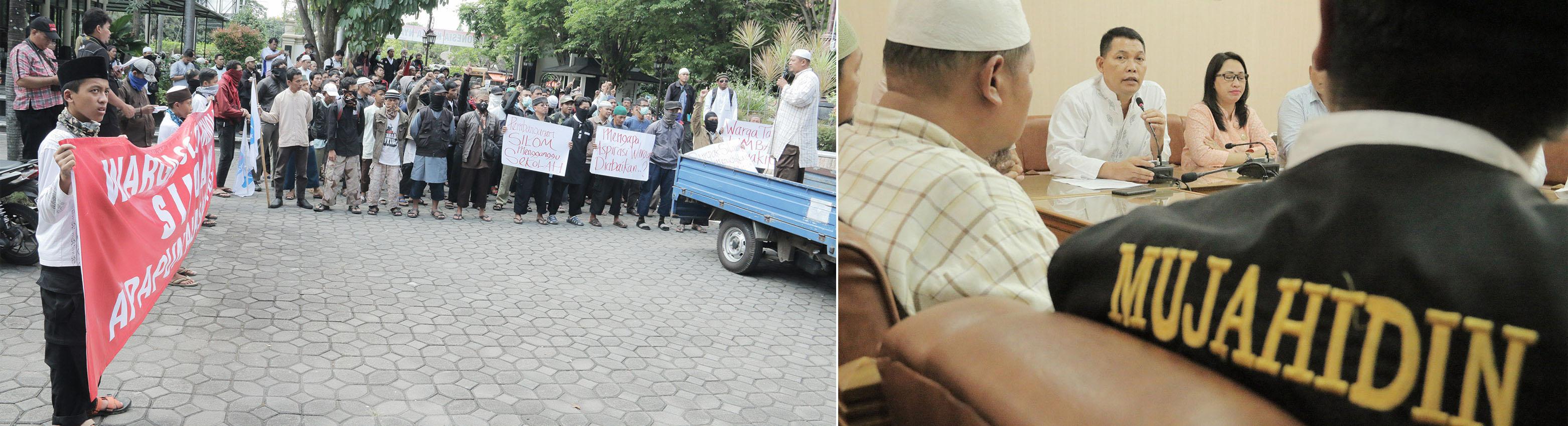 Dewan Syari'ah Kota Surakarta (DSKS) beserta pasukannya melakukan orasi di depan Graha Paripurna DPRD Kota Surakarta terkait penolakan RS. Siloam.