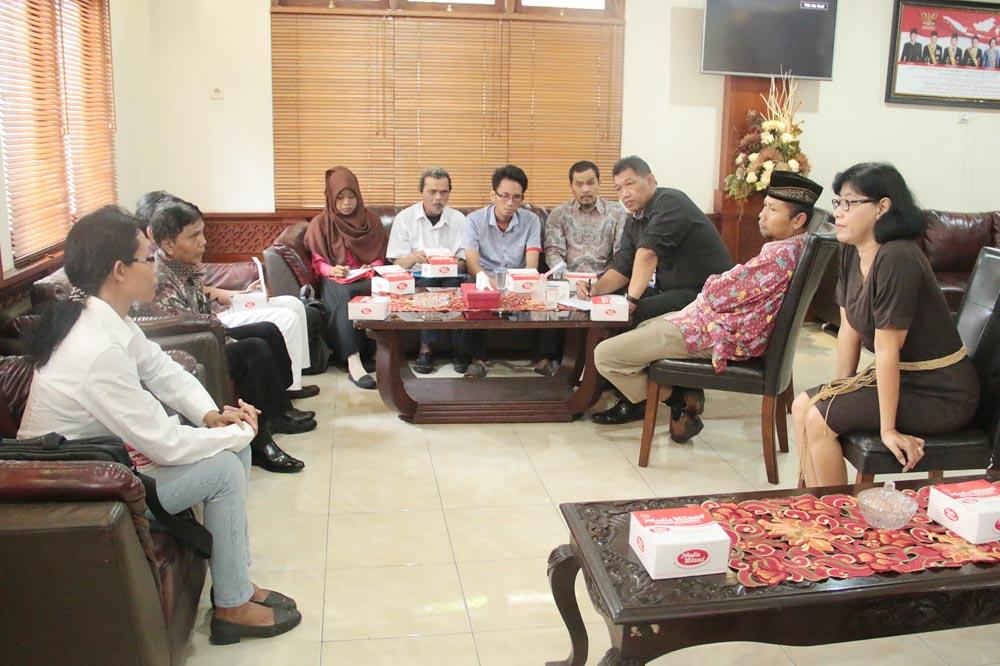 Penerimaan Tamu Audiensi dengan Forum Komunikasi Tuna Netra Surakarta