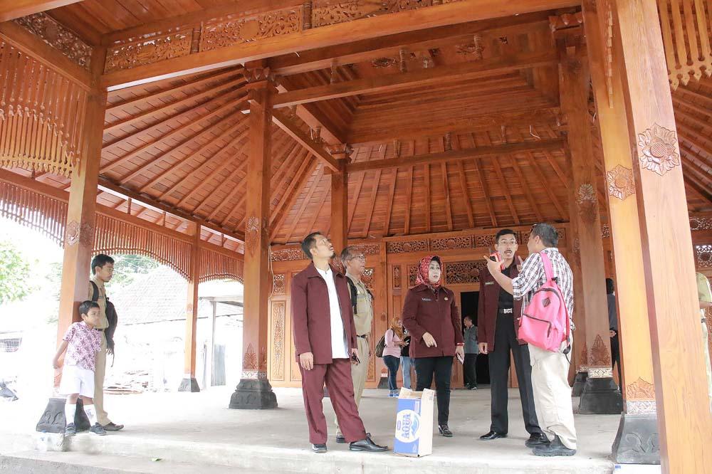Komisi I Sidak ke Gedung Serbaguna Mangkubumen dan Gedung DKK Surakarta