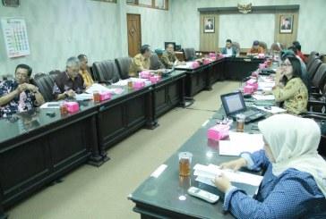 Rapat Kerja Pansus Rancangan Persetujuan DPRD Atas Pemindahtanganan Tanah Pemkot Surakarta HP No. 46 Dalam Bentuk Tukar Menukar