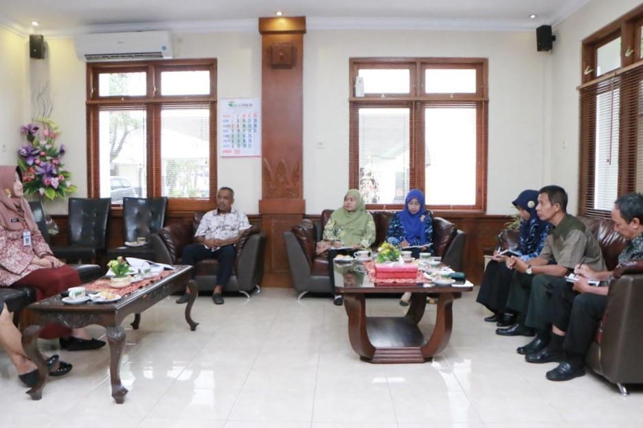 Study Banding Sekretariat DPRD Kabupaten Gresik
