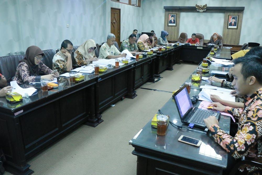 Rapat Kerja Pansus Raperda tentang Bantuan Hukum Bagi Warga Miskin