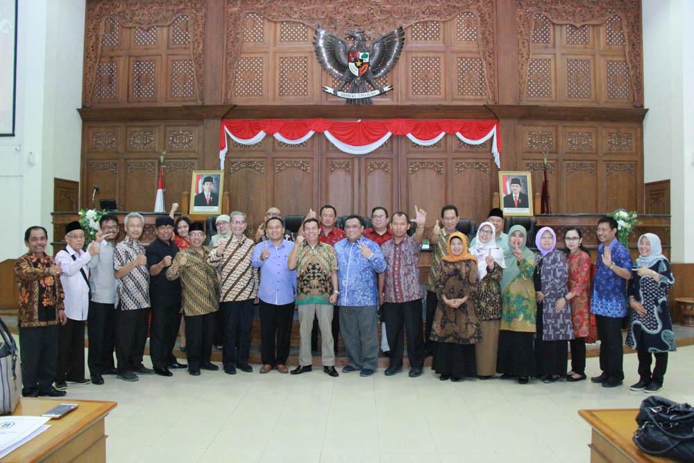 Penerimaan Tamu Kunjungan Kerja dari Banmus DPRD Provinsi Jawa Timur dan Komisi C DPRD kota Surabaya