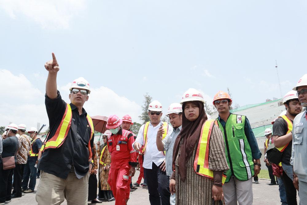 Sidak Komisi IV DPRD Kota Surakarta ke Proyek Renovasi dan Pengembangan Stadion Manahan
