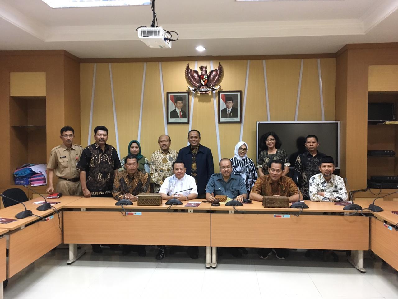 Kunjungan Kerja Komisi IV DPRD Kota Surakarta ke DPRD Kota Semarang