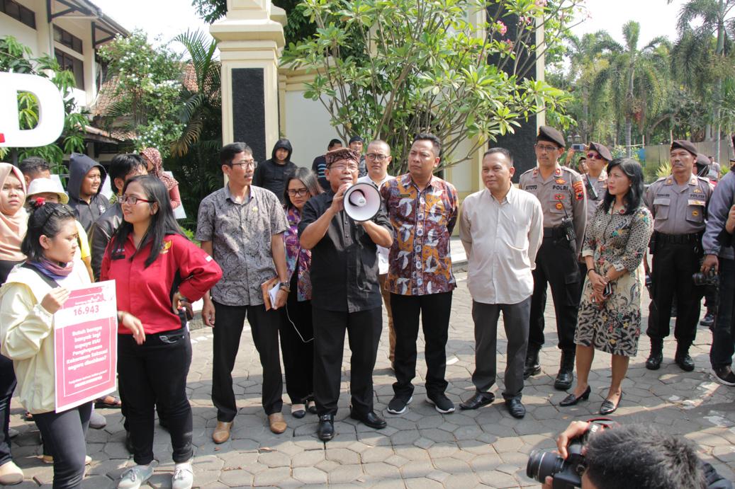 Penerimaan Audiensi dari Aliansi Masyarakat Surakarta (Pendukung RUU PKS)