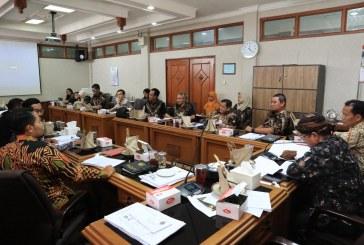 Marathon Rapat Kerja Komisi-Komisi terkait Pembahasan APBD 2020