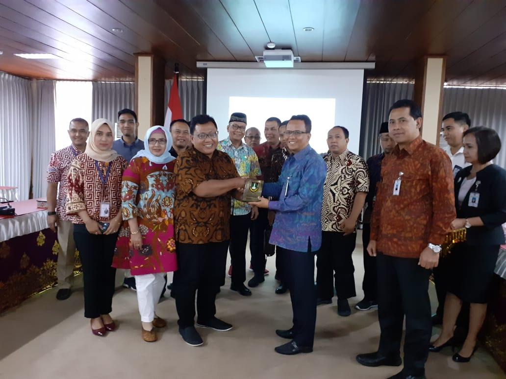 Studi Banding Raperda aperda Penyertaan Modal Pemerintah Kota Surakarta pada Bank Pembangunan Daerah (BPD) Jawa Tengah