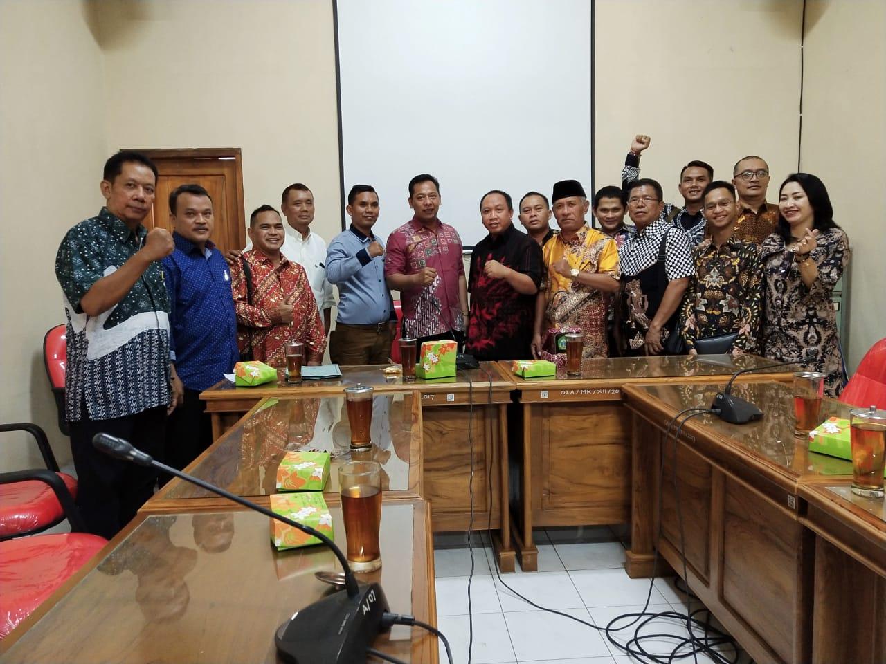 Kunjungan Kerja Bapemperda DPRD Kota Surakarta ke DPRD Kabupaten Gunung Kidul