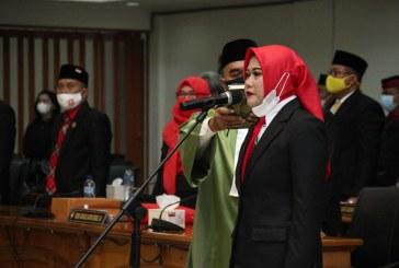 Etty Isworo Resmi Dilantik Anggota DPRD Surakarta