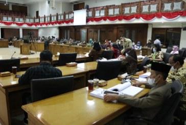 Pansus Pertanyakan Tagline Wali Kota Surakarta di RPJMD Tahun 2021-2026