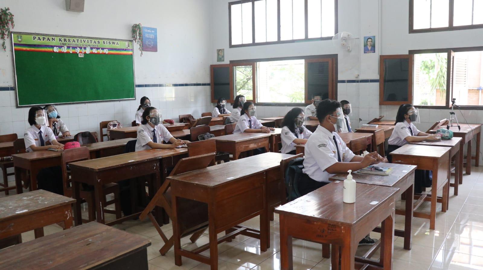 Hasil Sidak Komisi IV, Begini Proses PTM di Sejumlah SMP Kota Surakarta